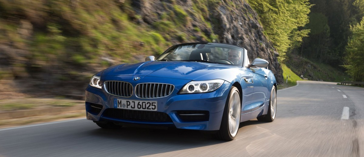 2016 BMW Z4 M Sport Estoril Blue 23