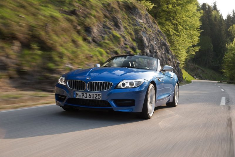 2016 BMW Z4 M Sport Estoril Blue 23