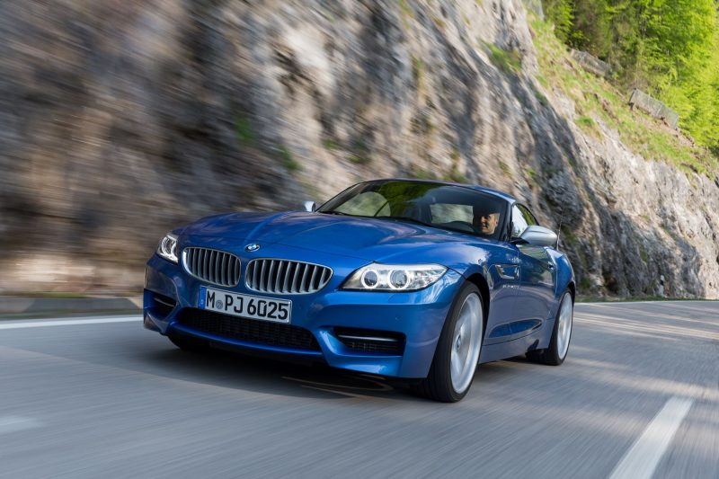 2016 BMW Z4 M Sport Estoril Blue 24