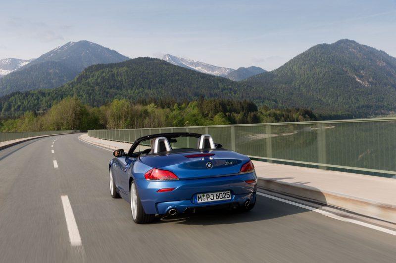 2016 BMW Z4 M Sport Estoril Blue 27