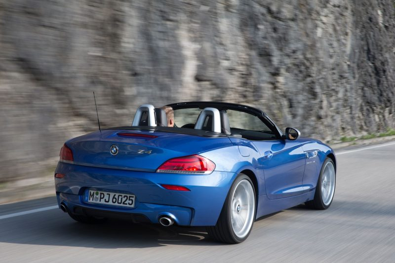 2016 BMW Z4 M Sport Estoril Blue 29