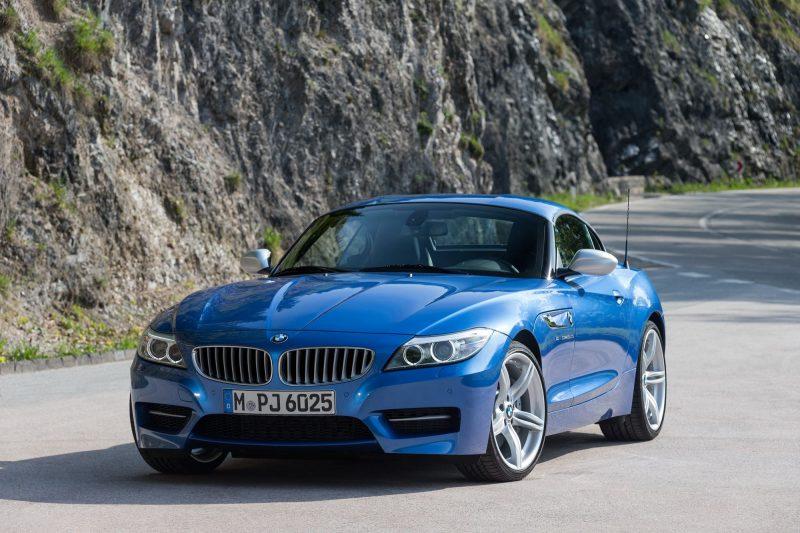 2016 BMW Z4 M Sport Estoril Blue 36