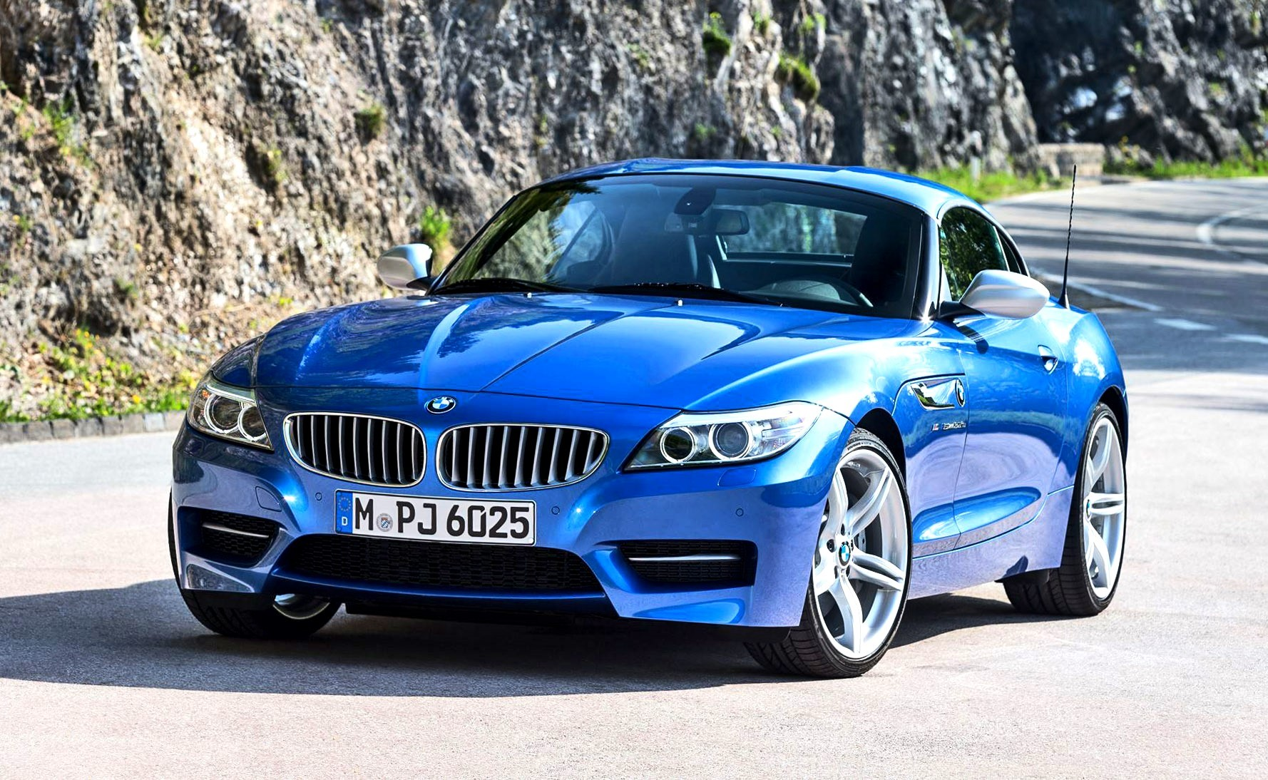 2016 bmw z4 m sport estoril blue 36. Black Bedroom Furniture Sets. Home Design Ideas