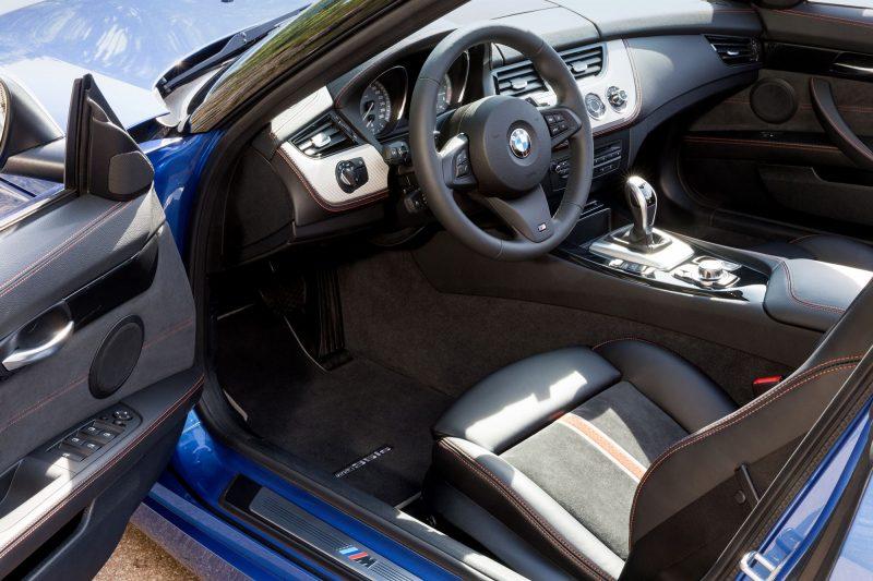 2016 BMW Z4 M Sport Estoril Blue 42