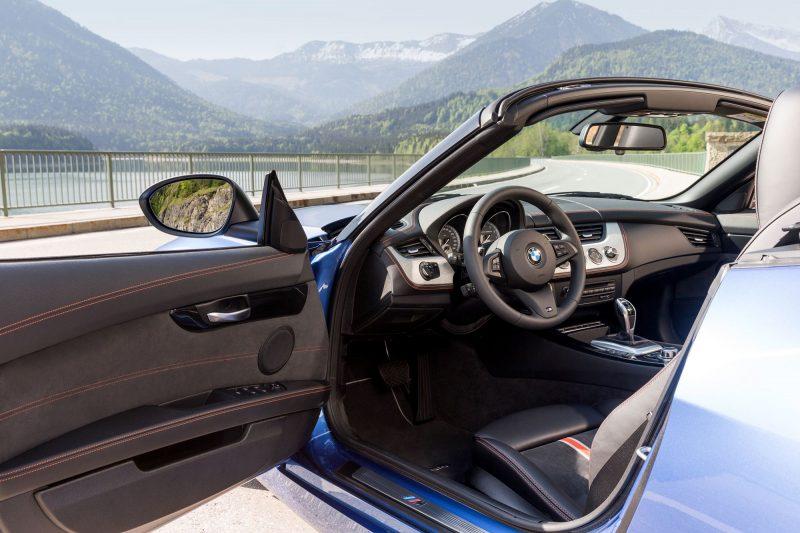 2016 BMW Z4 M Sport Estoril Blue 43