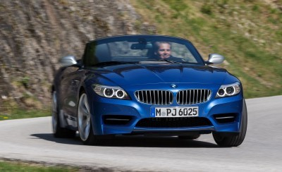 2016 BMW Z4 M Sport Estoril Blue 44