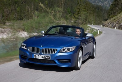 2016 BMW Z4 M Sport Estoril Blue 46
