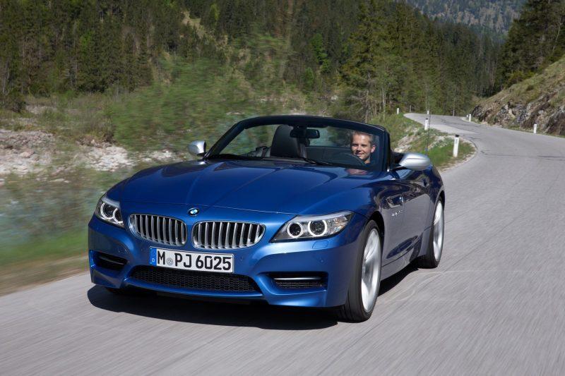 2016 BMW Z4 M Sport Estoril Blue 46