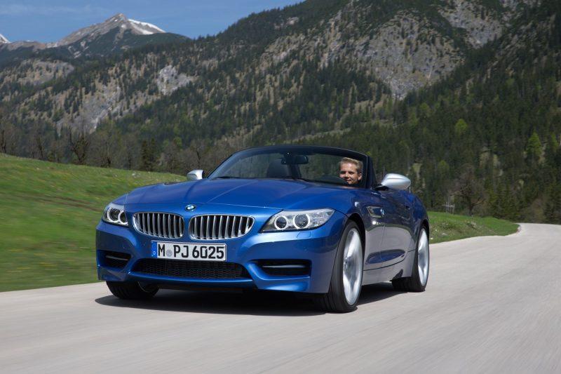 2016 BMW Z4 M Sport Estoril Blue 48