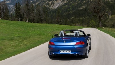 2016 BMW Z4 M Sport Estoril Blue 52