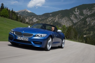 2016 BMW Z4 M Sport Estoril Blue 54