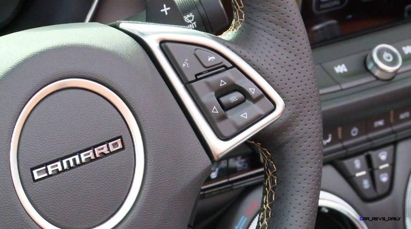 2016 Chevrolet CAMARO Convertible 29