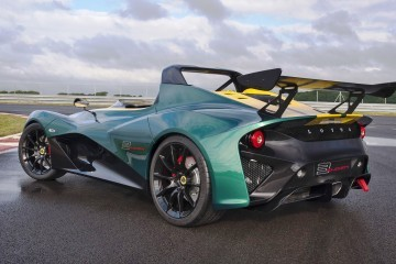 2.8s, 450HP 2016 Lotus 3-Eleven Is Gorgeous New Track-Attack Flagship