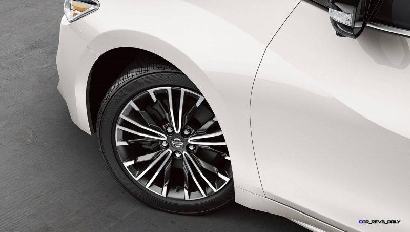 2016-nissan-maxima-18-inch-alloy-wheels-zoom-hd copy
