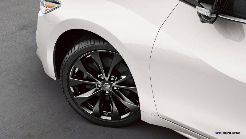 2016-nissan-maxima-19-inch-alloy-wheels-zoom-hd copy