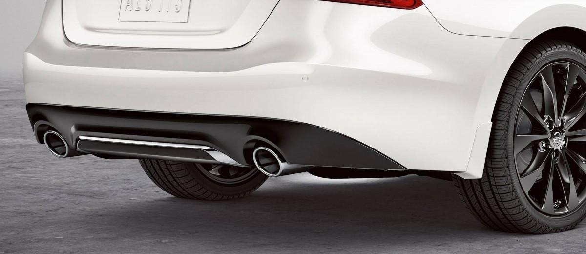 2016-nissan-maxima-rear-bumper-diffuser-zoom-hd copy