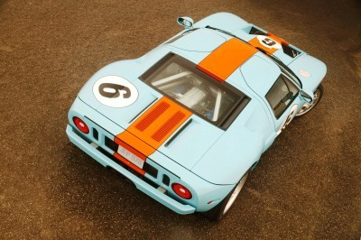 New for 2006, the limited-edition Ford GT 'Heritage' paint liver