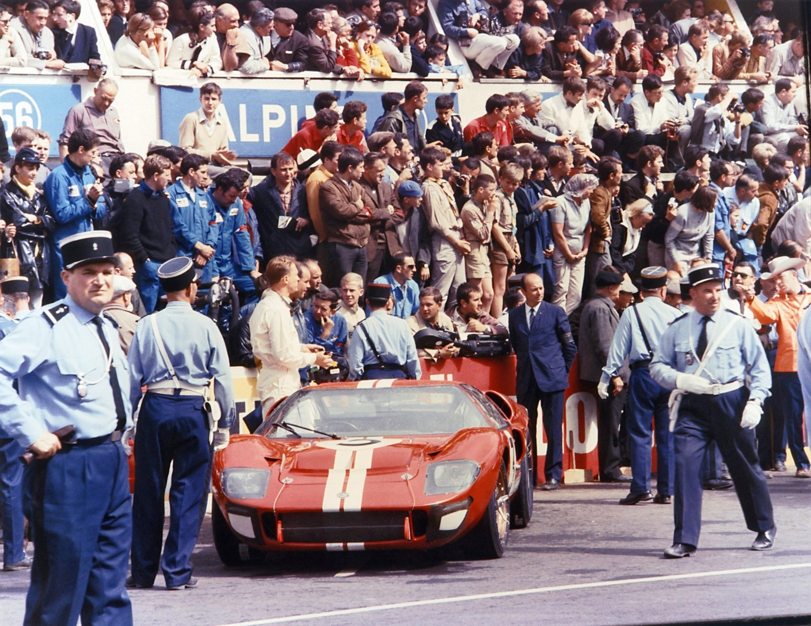 FordGT_Heritage_1966_02 copy
