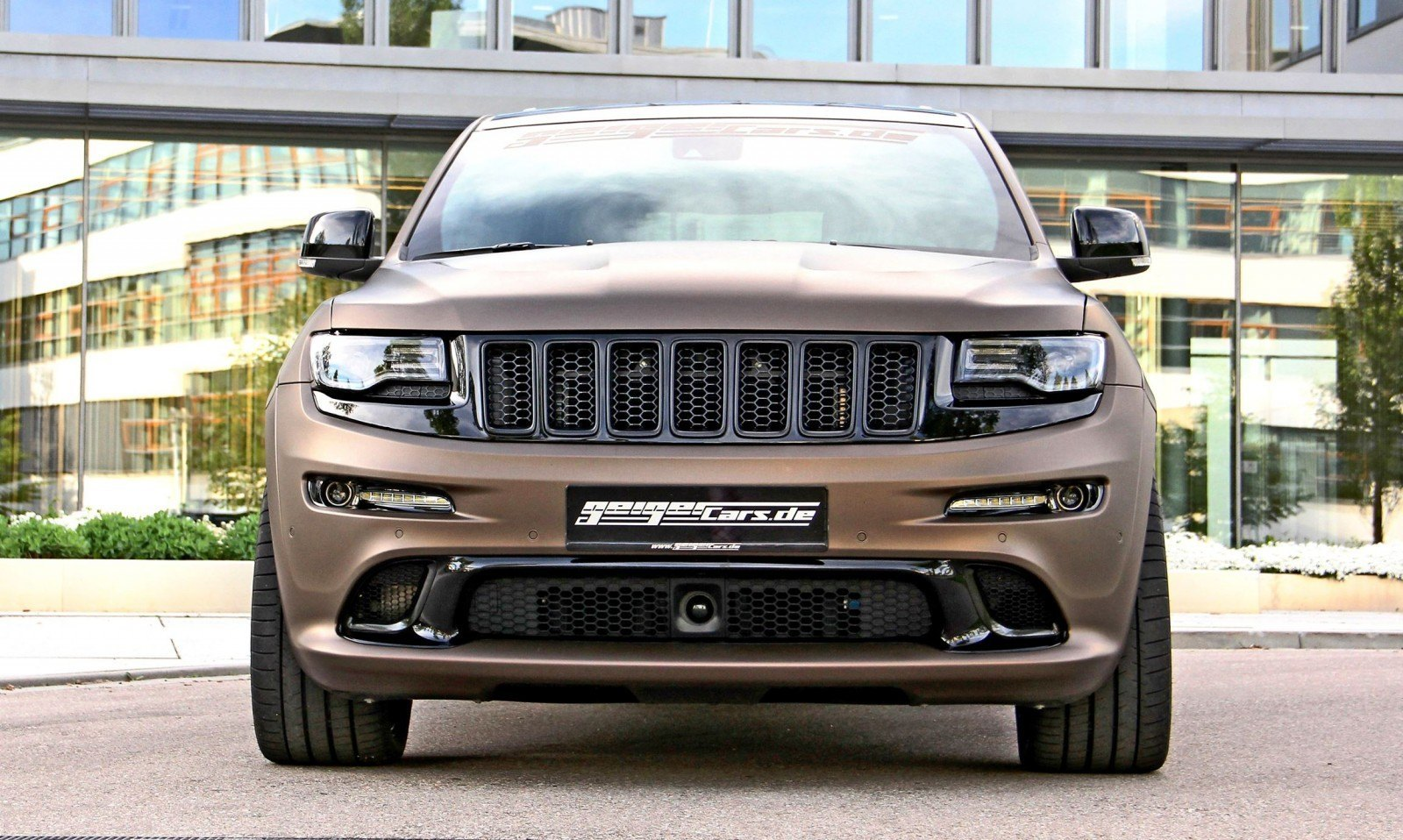GEIGER SRT Grand Cherokee 13