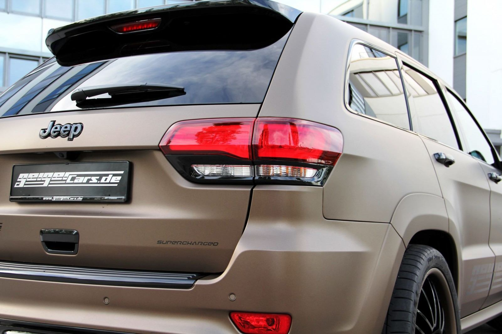 GEIGER SRT Grand Cherokee 9