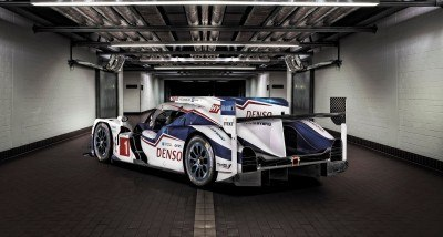 LeMans 2015 - Toyota TS040 Hybrid 11