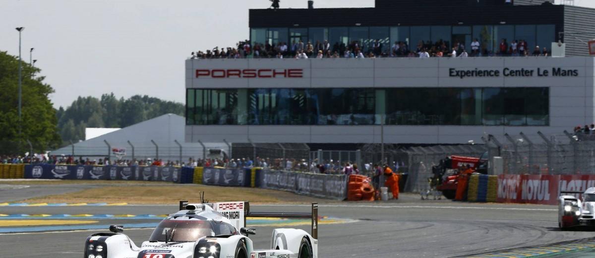 Porsche LeMans 2015 Victory 21