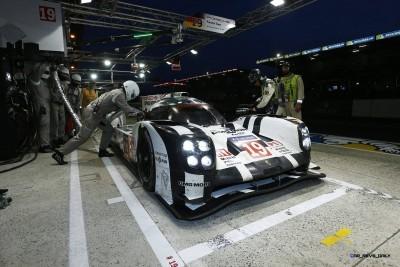 Porsche LeMans 2015 Victory 23
