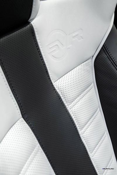 RR_Sport_SV-R_Details_Interiors_056_(109457)