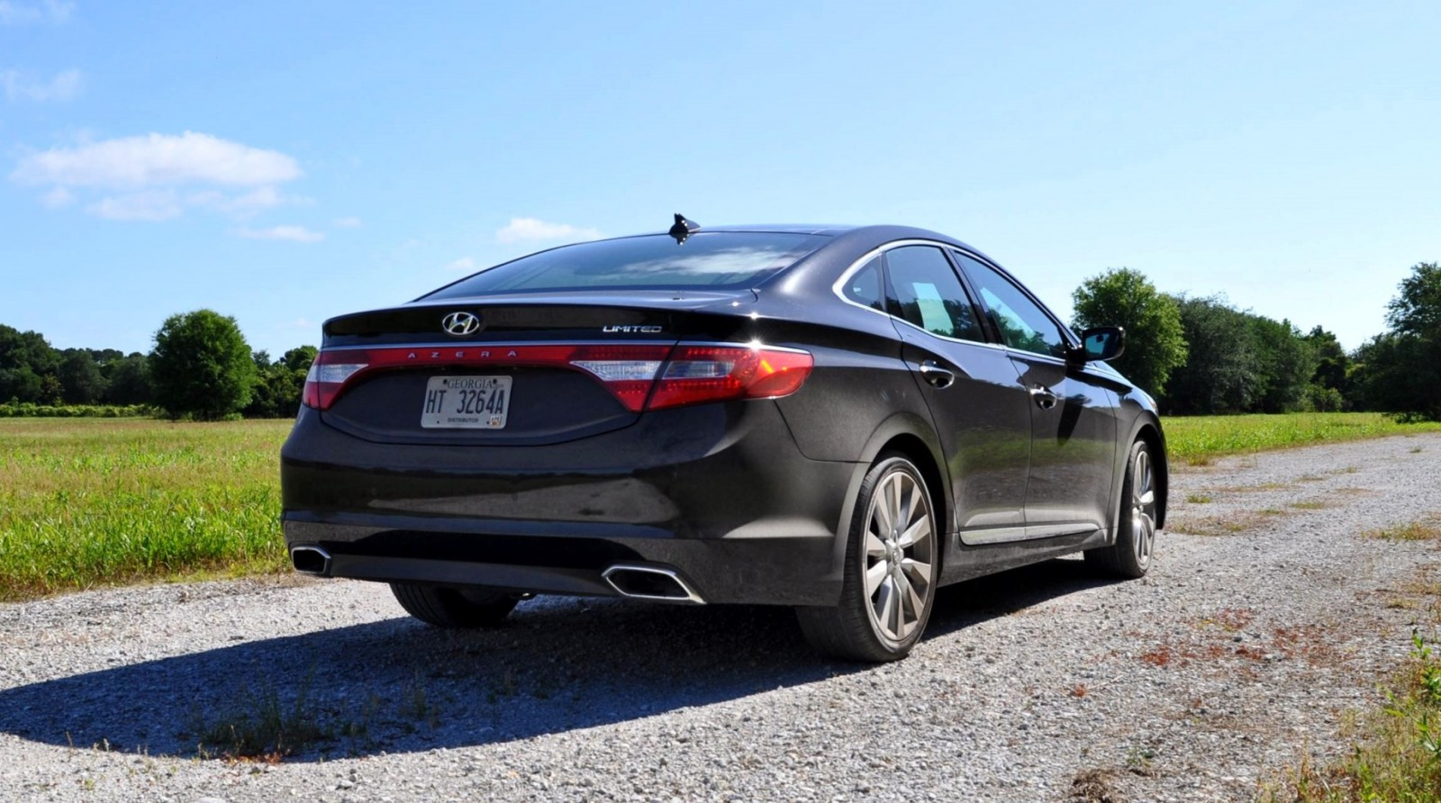 Road Test Review - 2015 Hyundai AZERA Limited 1