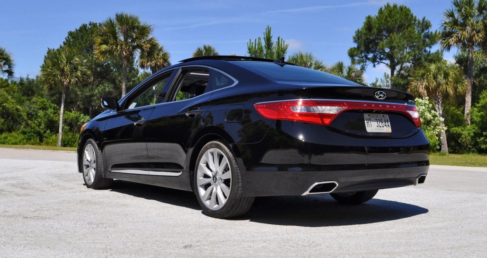 Road Test Review - 2015 Hyundai AZERA Limited 114