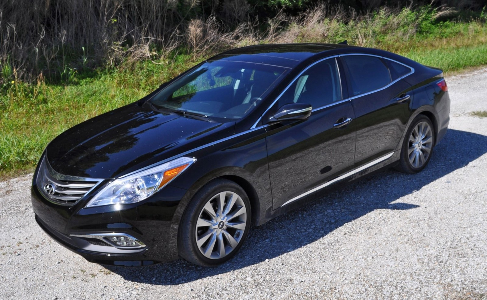 Road Test Review - 2015 Hyundai AZERA Limited 14