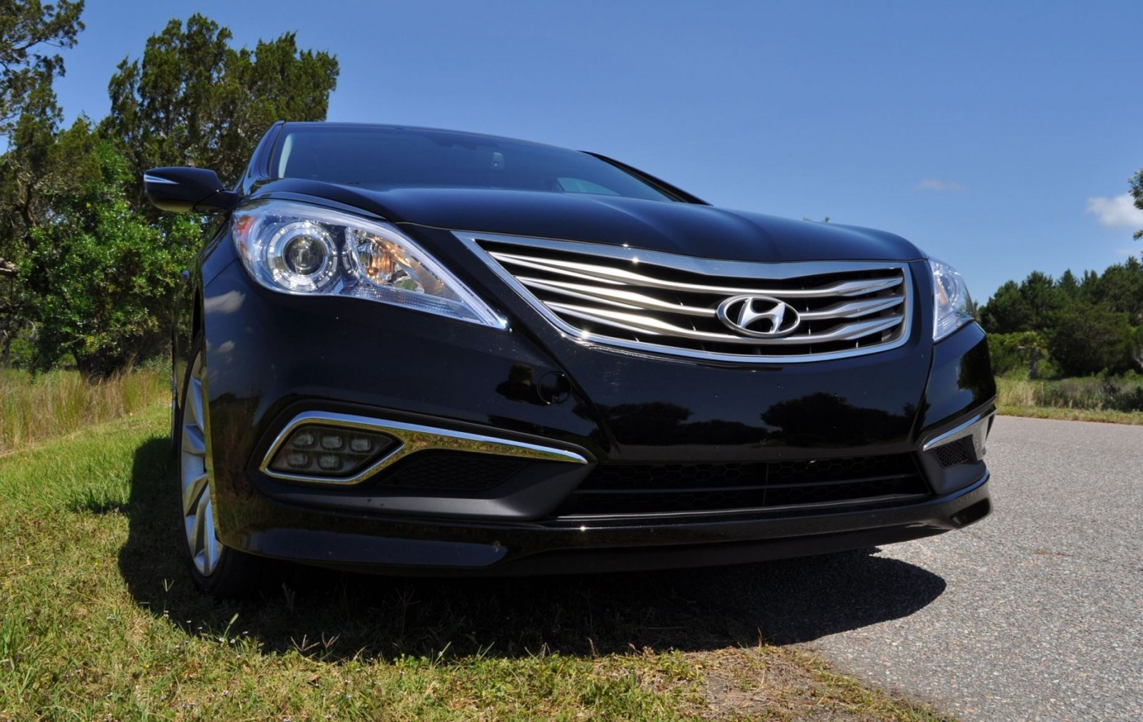 Road Test Review - 2015 Hyundai AZERA Limited 155