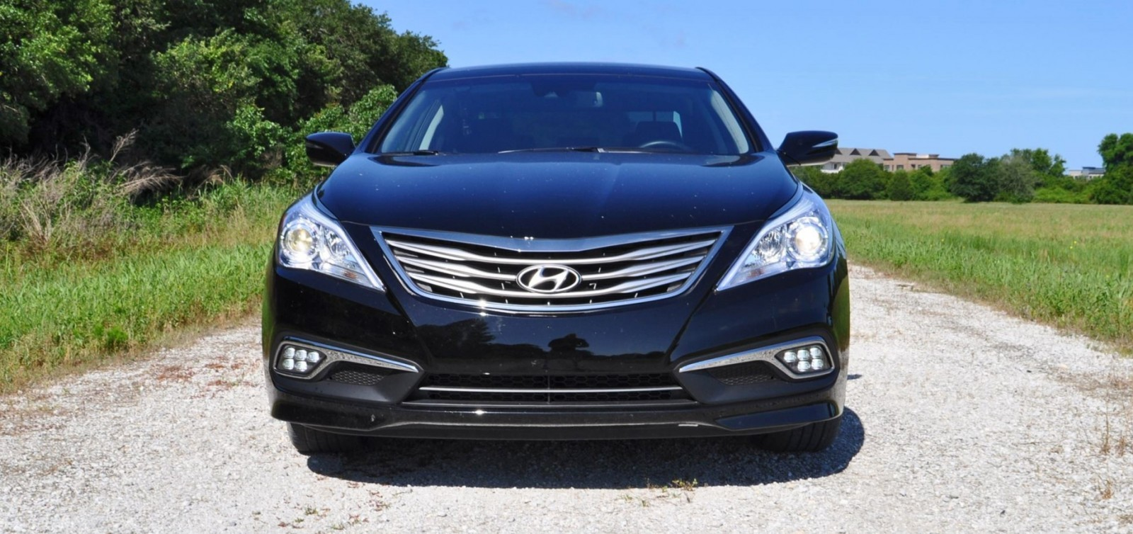 Road Test Review - 2015 Hyundai AZERA Limited 17