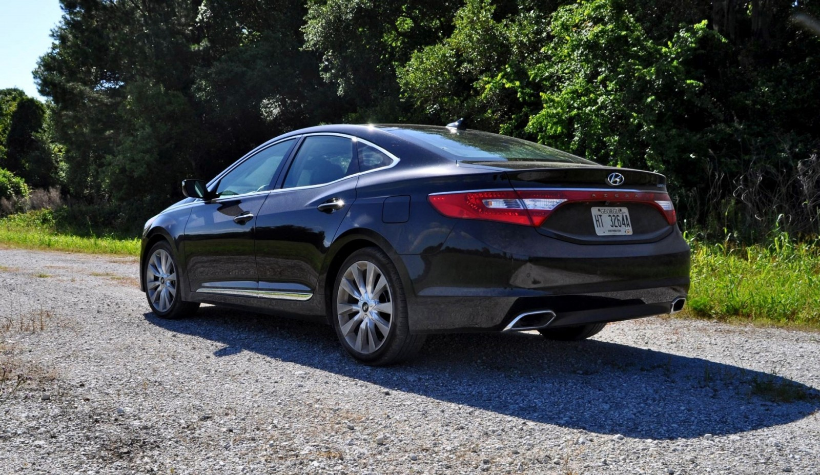 Road Test Review - 2015 Hyundai AZERA Limited 3