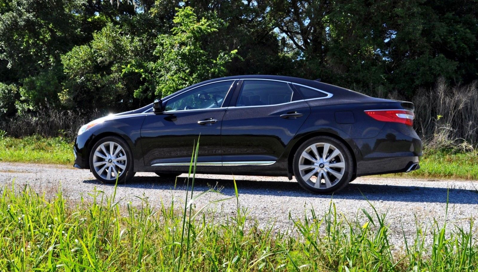 Road Test Review - 2015 Hyundai AZERA Limited 4