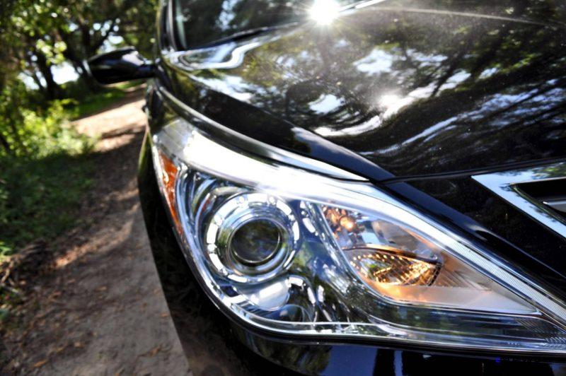 Road Test Review - 2015 Hyundai AZERA Limited 55