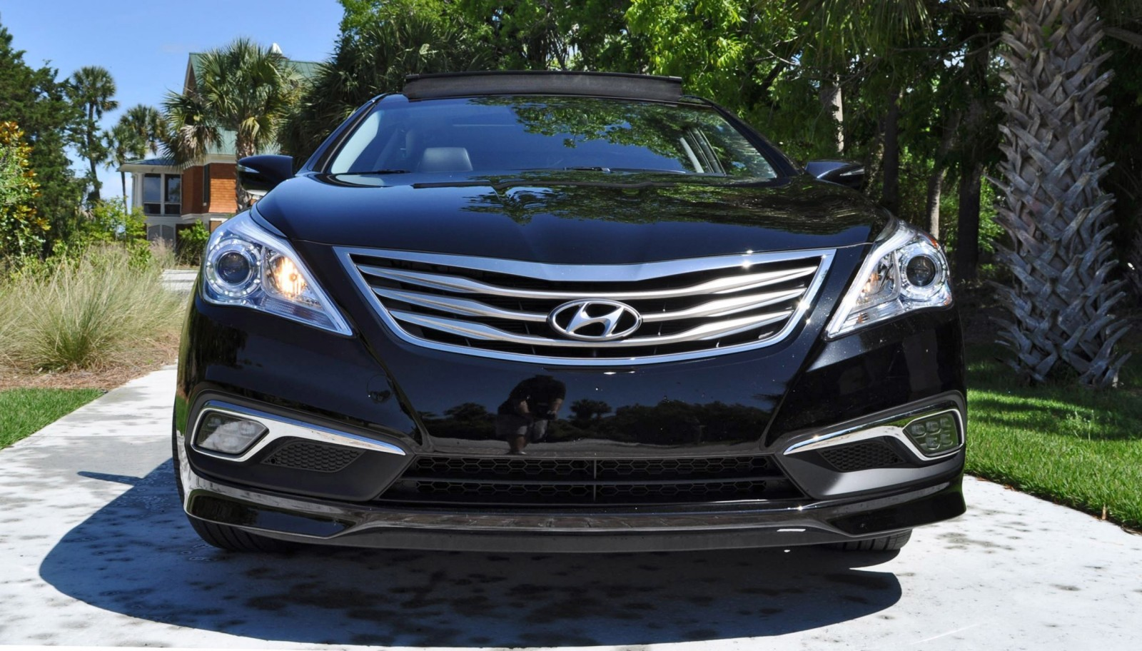 Road Test Review - 2015 Hyundai AZERA Limited 73