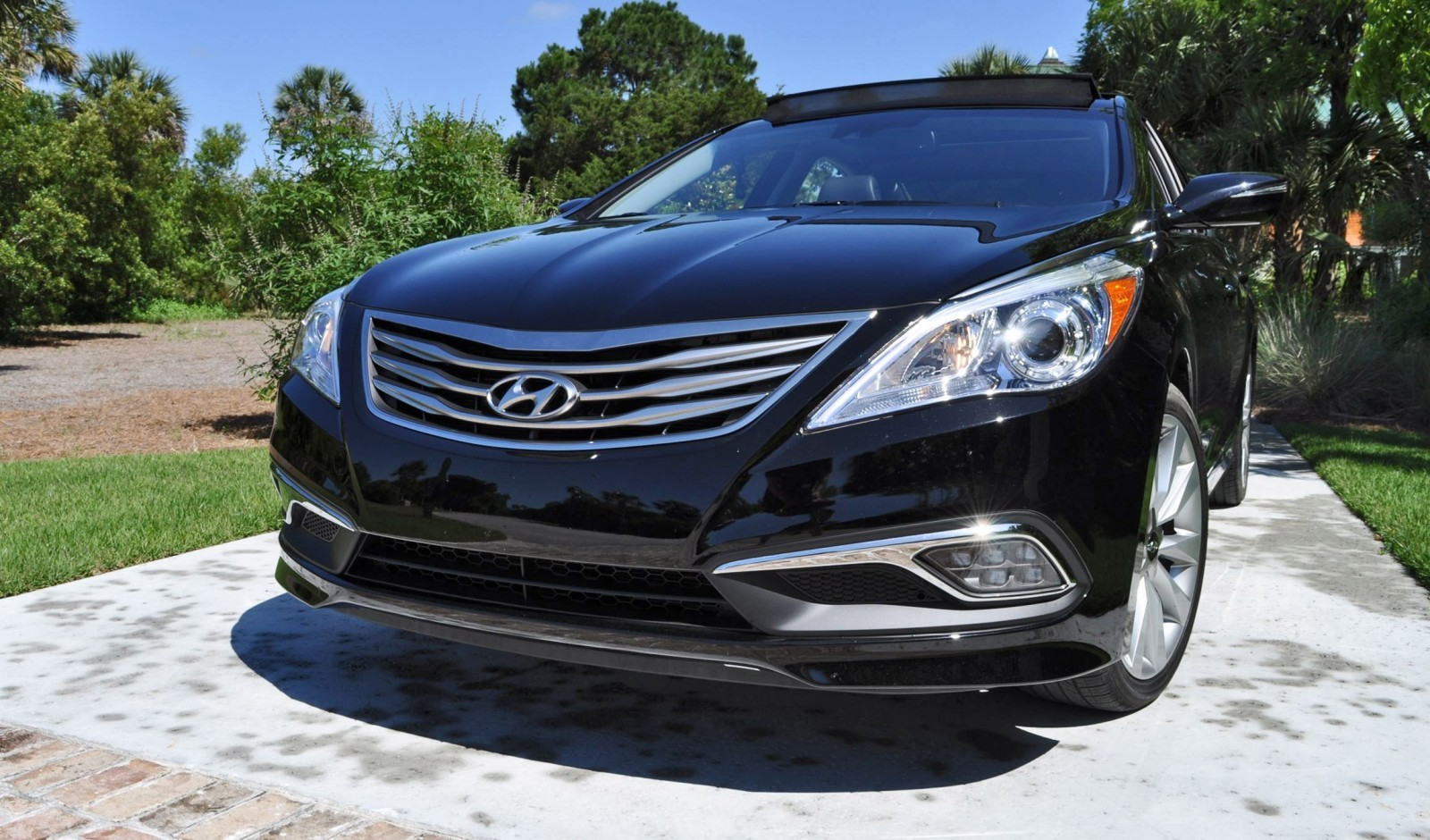 Road Test Review - 2015 Hyundai AZERA Limited 77