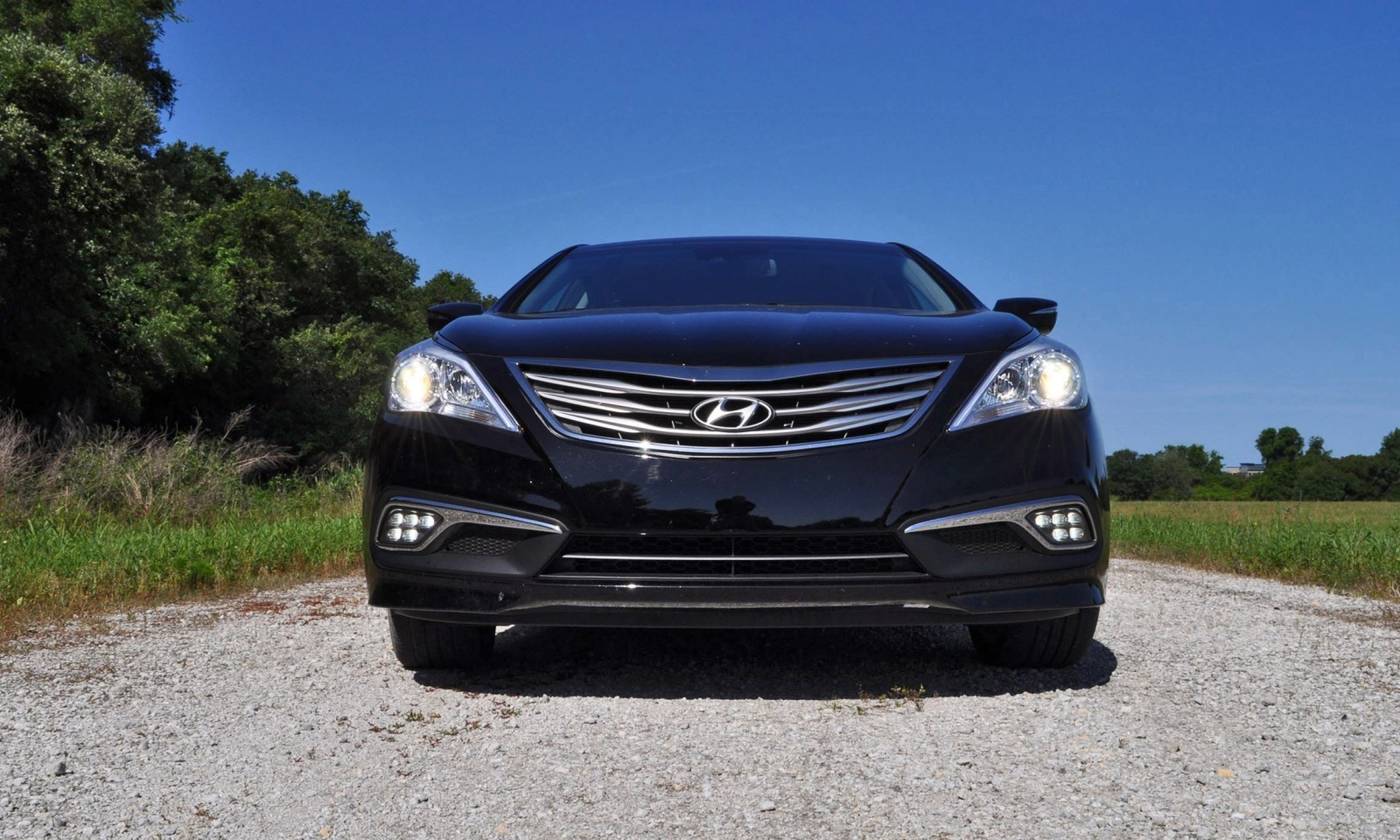 Road Test Review - 2015 Hyundai AZERA Limited 8