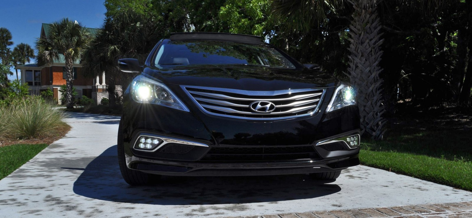 Road Test Review - 2015 Hyundai AZERA Limited 83