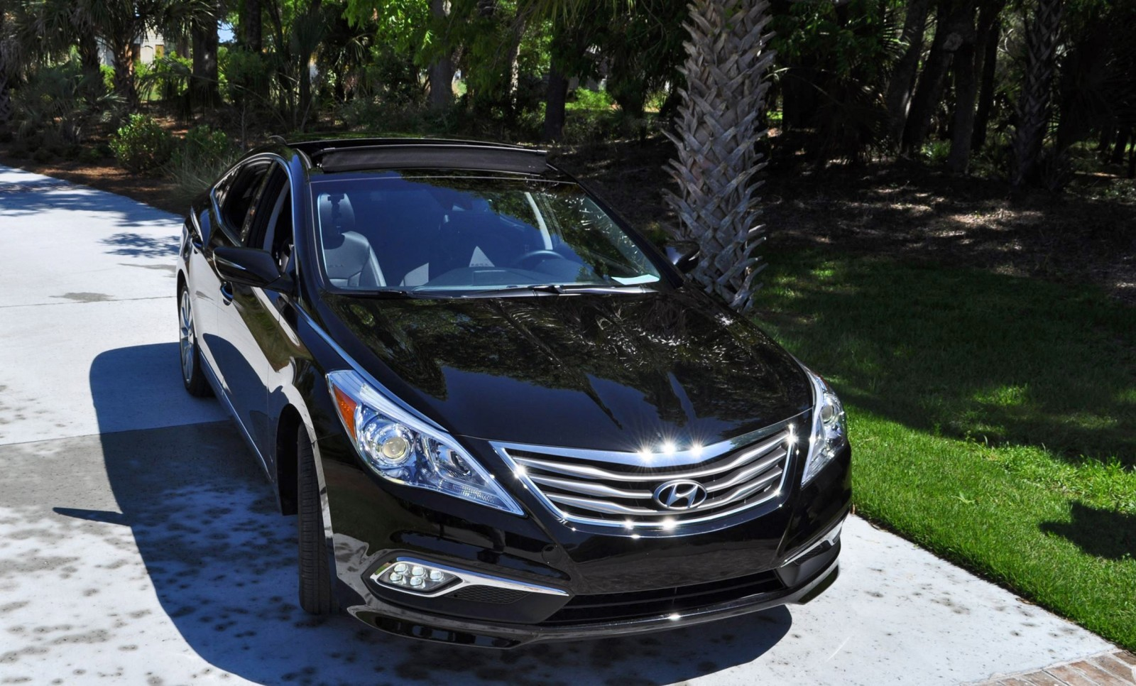 Road Test Review - 2015 Hyundai AZERA Limited 89