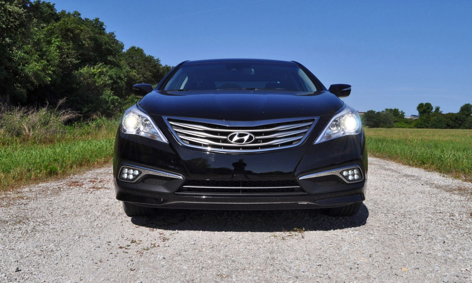 Road Test Review - 2015 Hyundai AZERA Limited 9