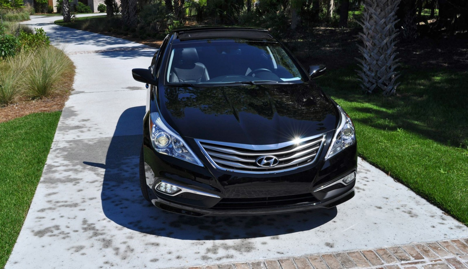 Road Test Review - 2015 Hyundai AZERA Limited 92
