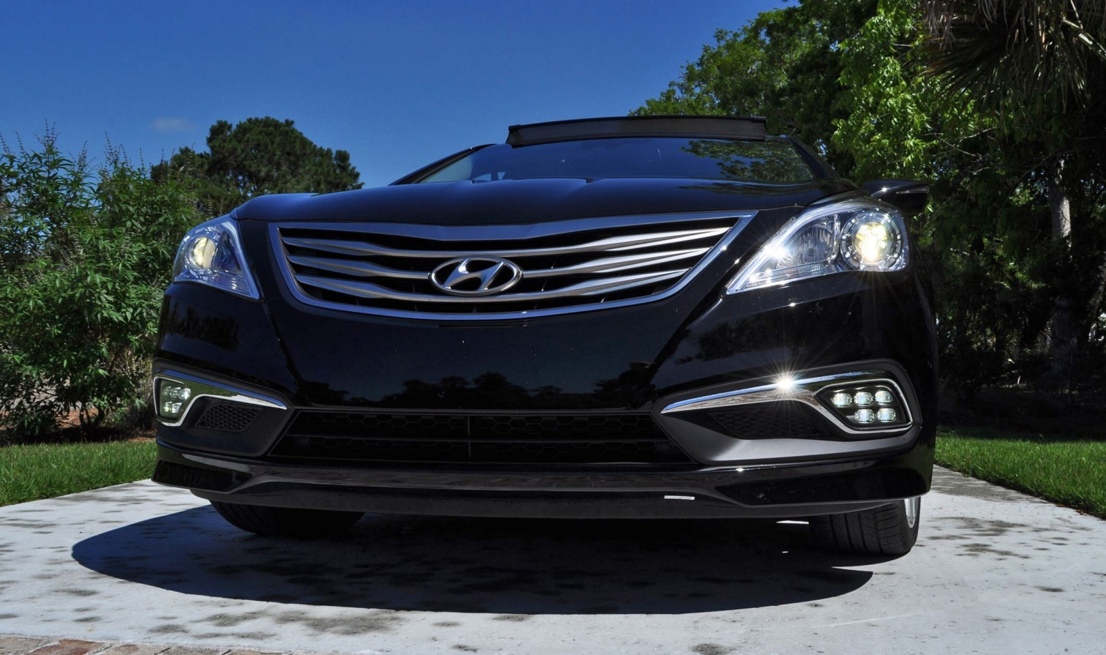 Road Test Review - 2015 Hyundai AZERA Limited 99