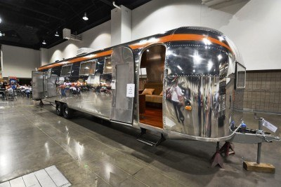 1962 Western Pacific 40-Foot AIRSTREAM 12