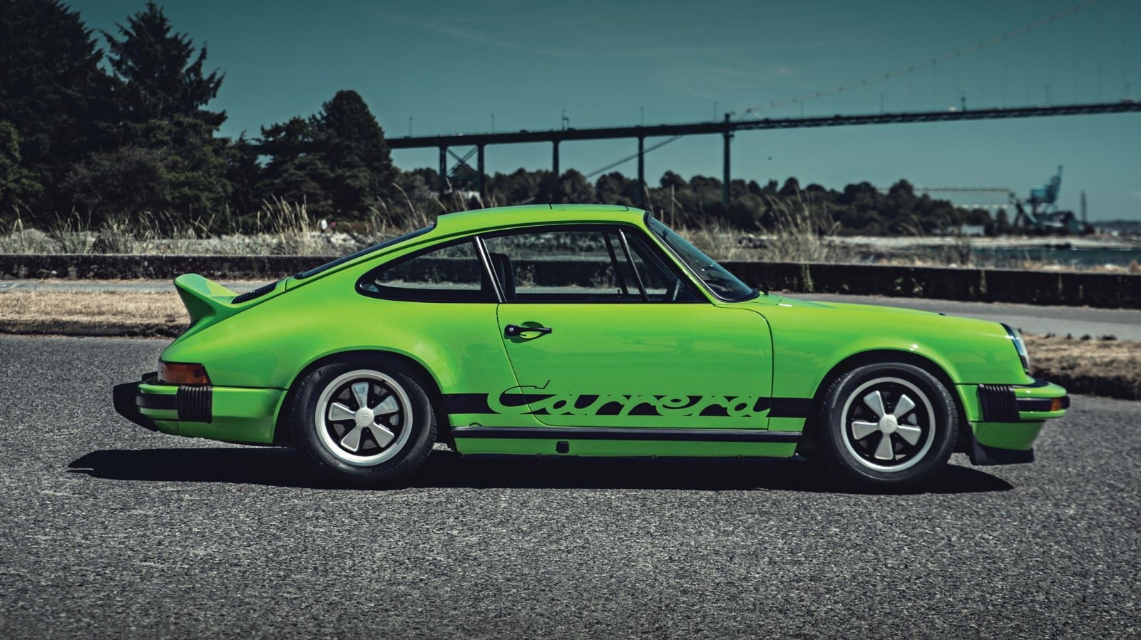 1974 porsche 911 carrera 2 7 is lime green dream for rm monterey 2015. Black Bedroom Furniture Sets. Home Design Ideas