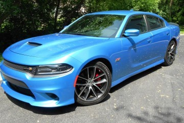 Road Test Review – 2015 Dodge Charger R/T 392 Scat Pack with Ken Glassman