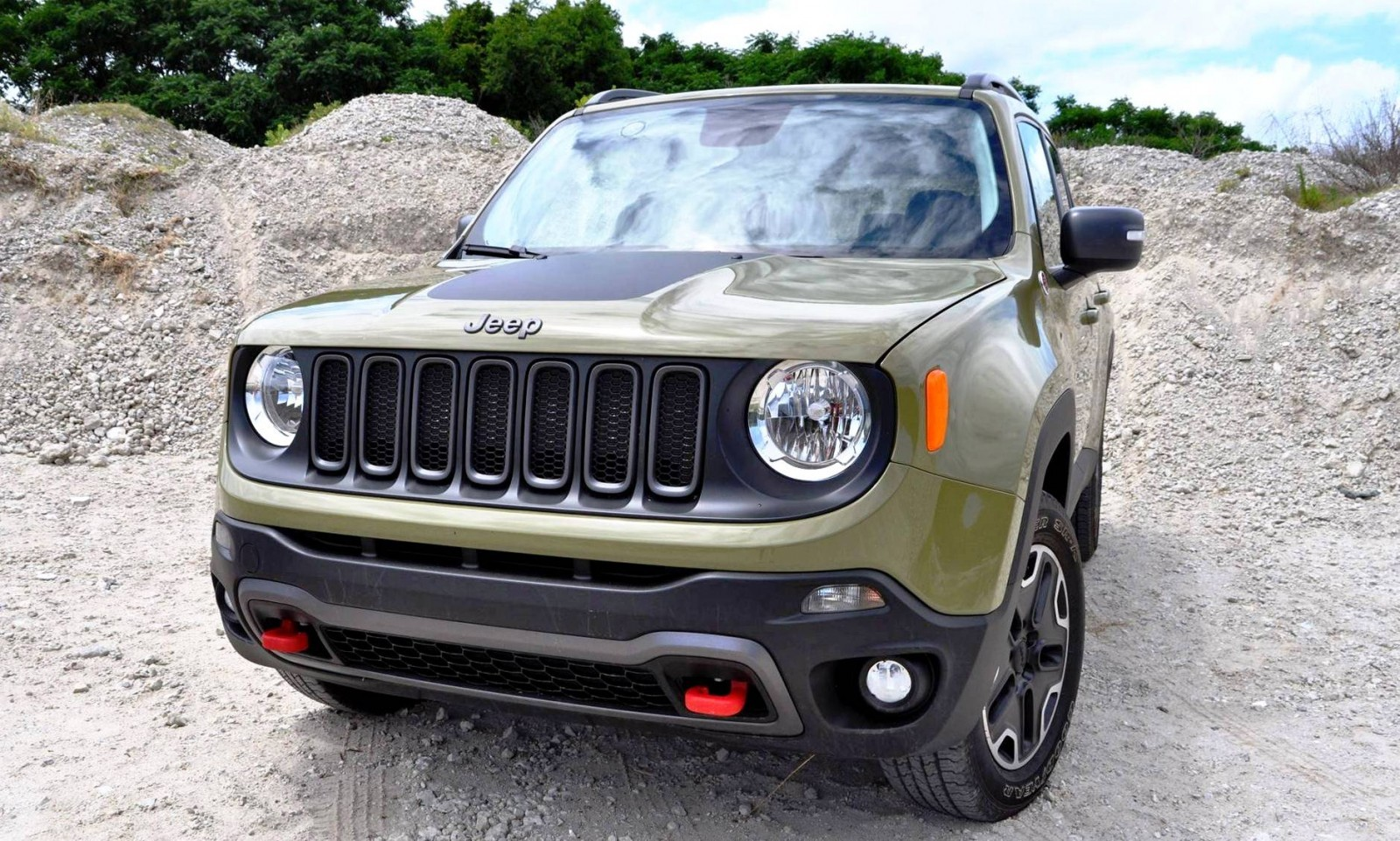 2015 jeep renegade trailhawk review 9. Black Bedroom Furniture Sets. Home Design Ideas
