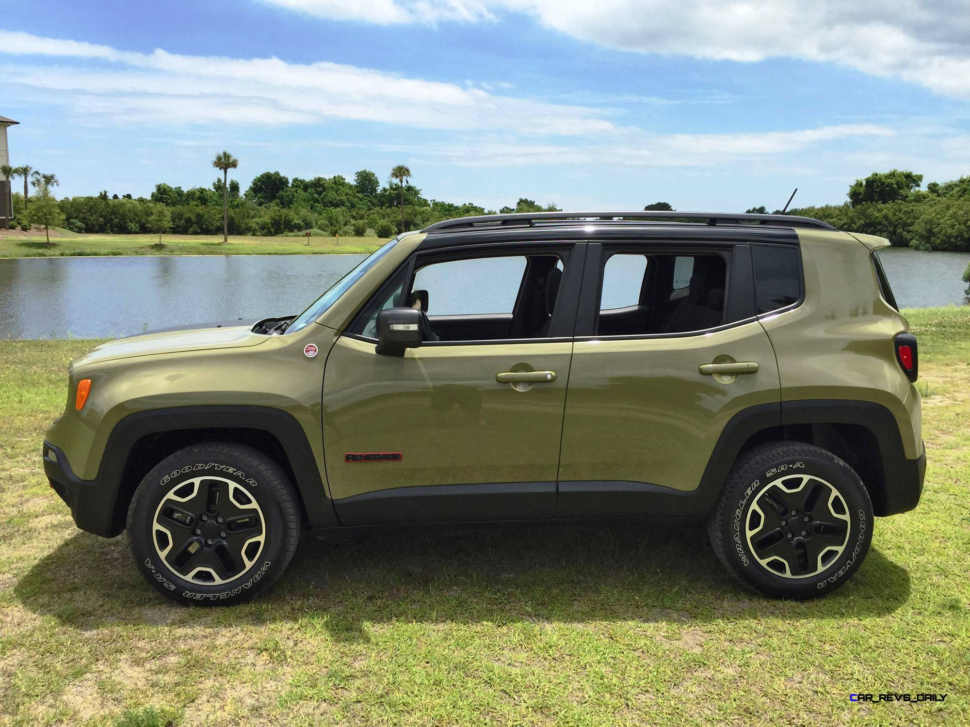 2015 jeep renegade trailhawk review 108. Black Bedroom Furniture Sets. Home Design Ideas