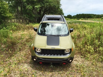 2015 Jeep RENEGADE Trailhawk Review 110